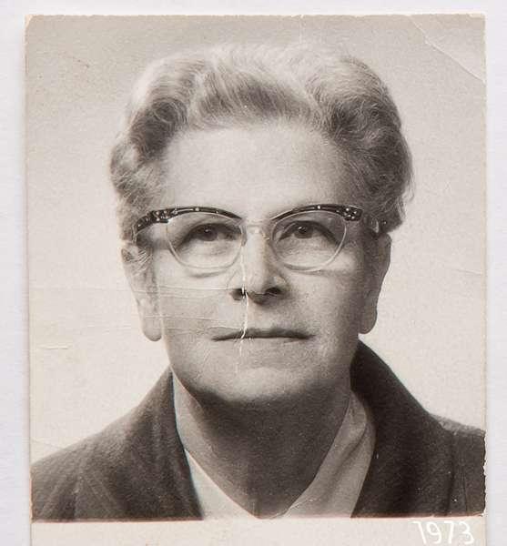 Женский портрет 1.jpg